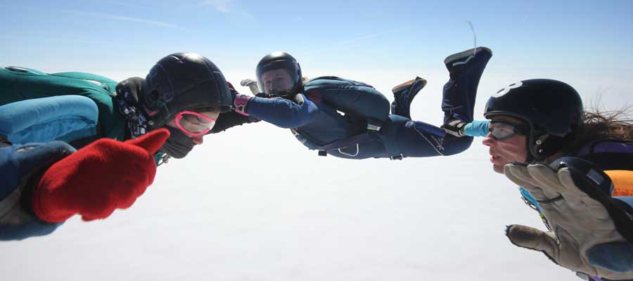Ali Woodhouse, skydiving