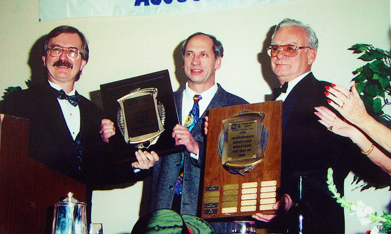 Don-Beck-Award-Helmut-Cloth