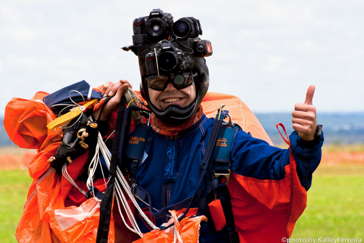 Photo of Juan walking in from the landing area giving a thumbs up.