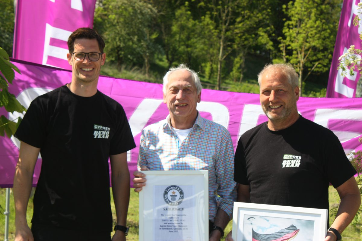 Forwarding the official World Record certificate to Helmut Cloth.