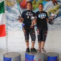 The brothers on the podium following the Italian National Swoop Championships in 2007.