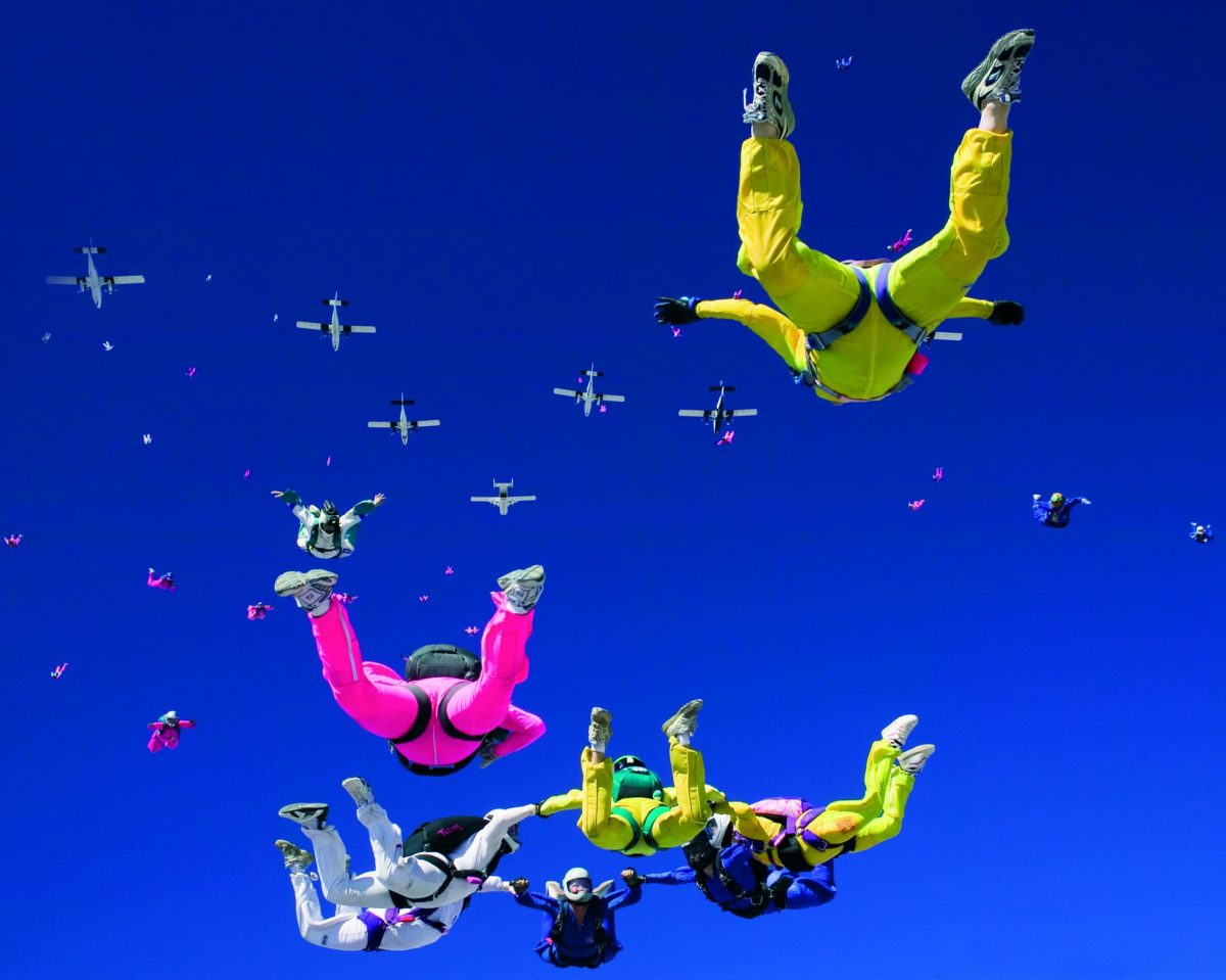 Women's world record skydiving exit