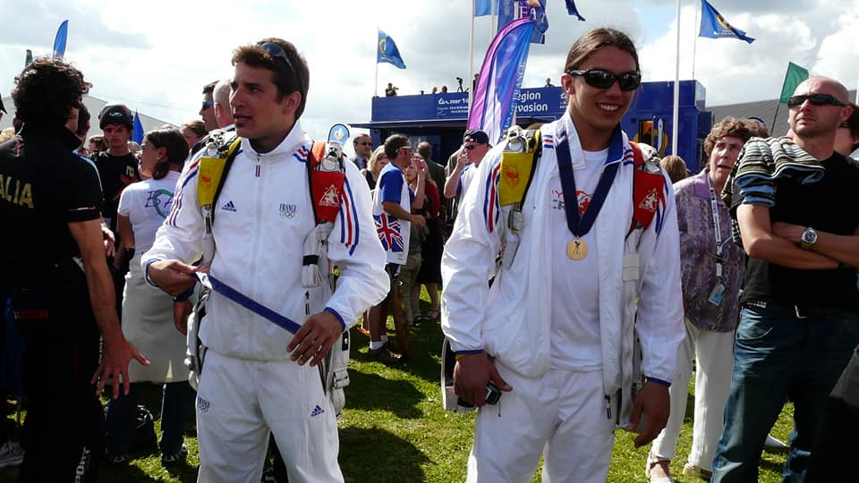 Fred Fugen and Vince Reffet wearing gold medals