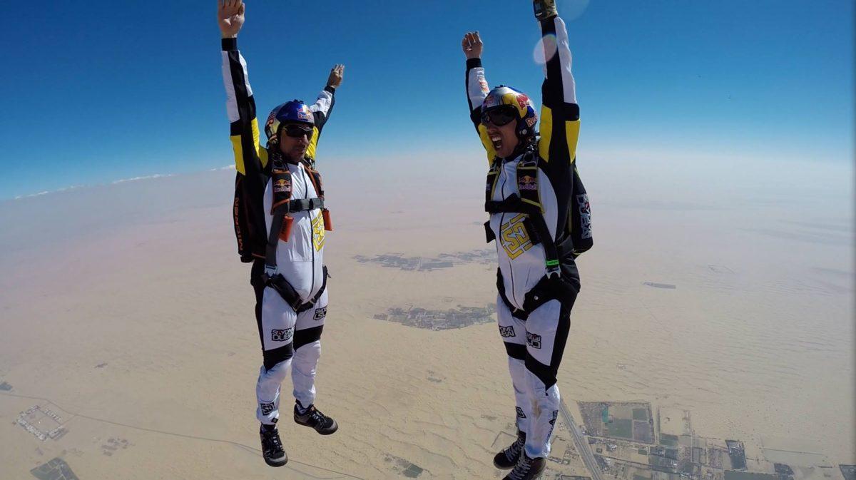 Fred Fugen freeflying over the desert